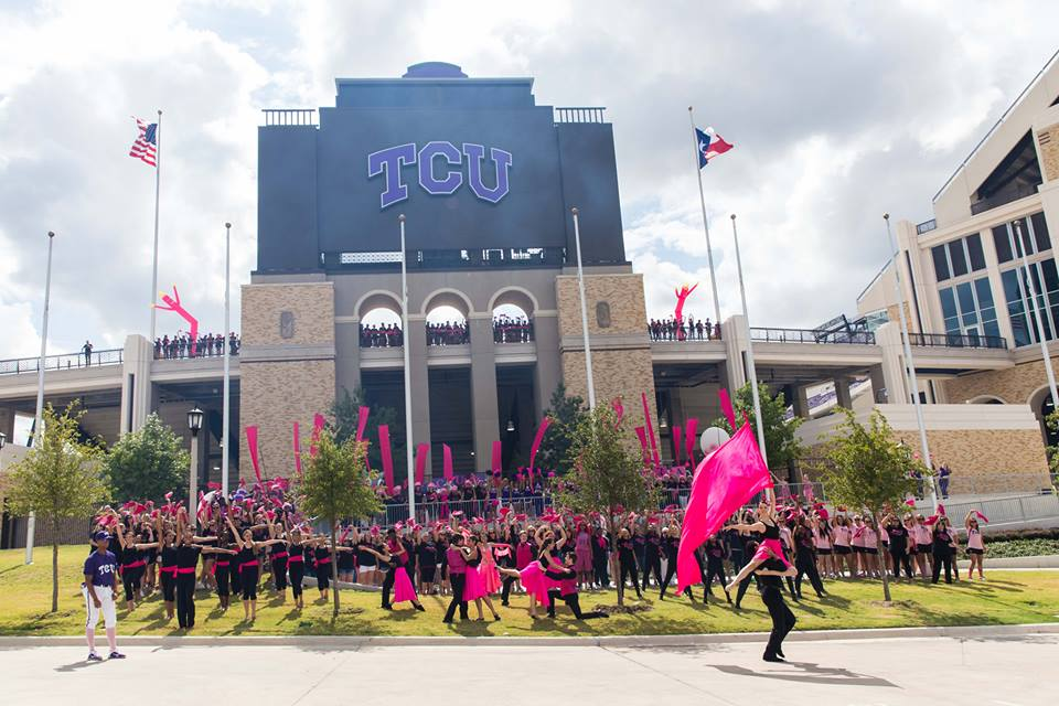 Photo courtesy of the Frogs for the Cure for Komen facebook page