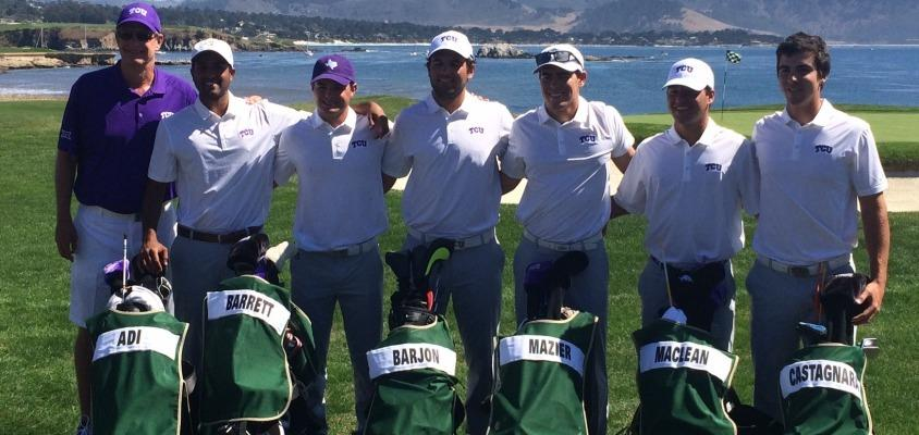 Men's Golf poses for a team photo at the Carmel Cup at Pebble Beach Golf Links in Pebble Beach, Calif.