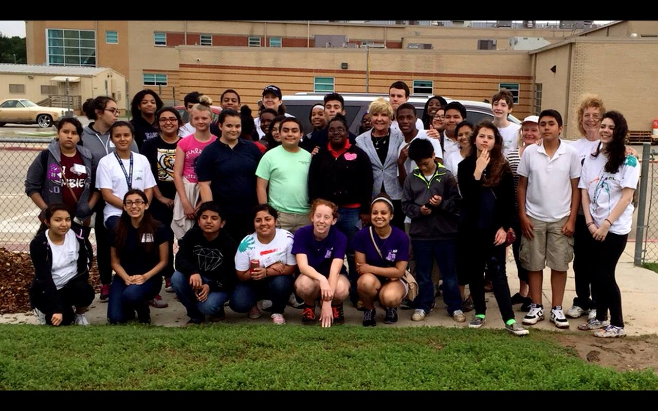 LeaderKids class of 2015 with Fort Worth mayor Betsy Price.