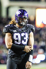 TCU Horned Frogs defensive end Mike Tuaua (93) during the game between the TCU Horned Frogs and the Kansas State Wildcats at Amon G. Carter Stadium in Fort Worth, Texas. TCU beats Kansas State 41-20. (Icon Sportswire via AP Images)