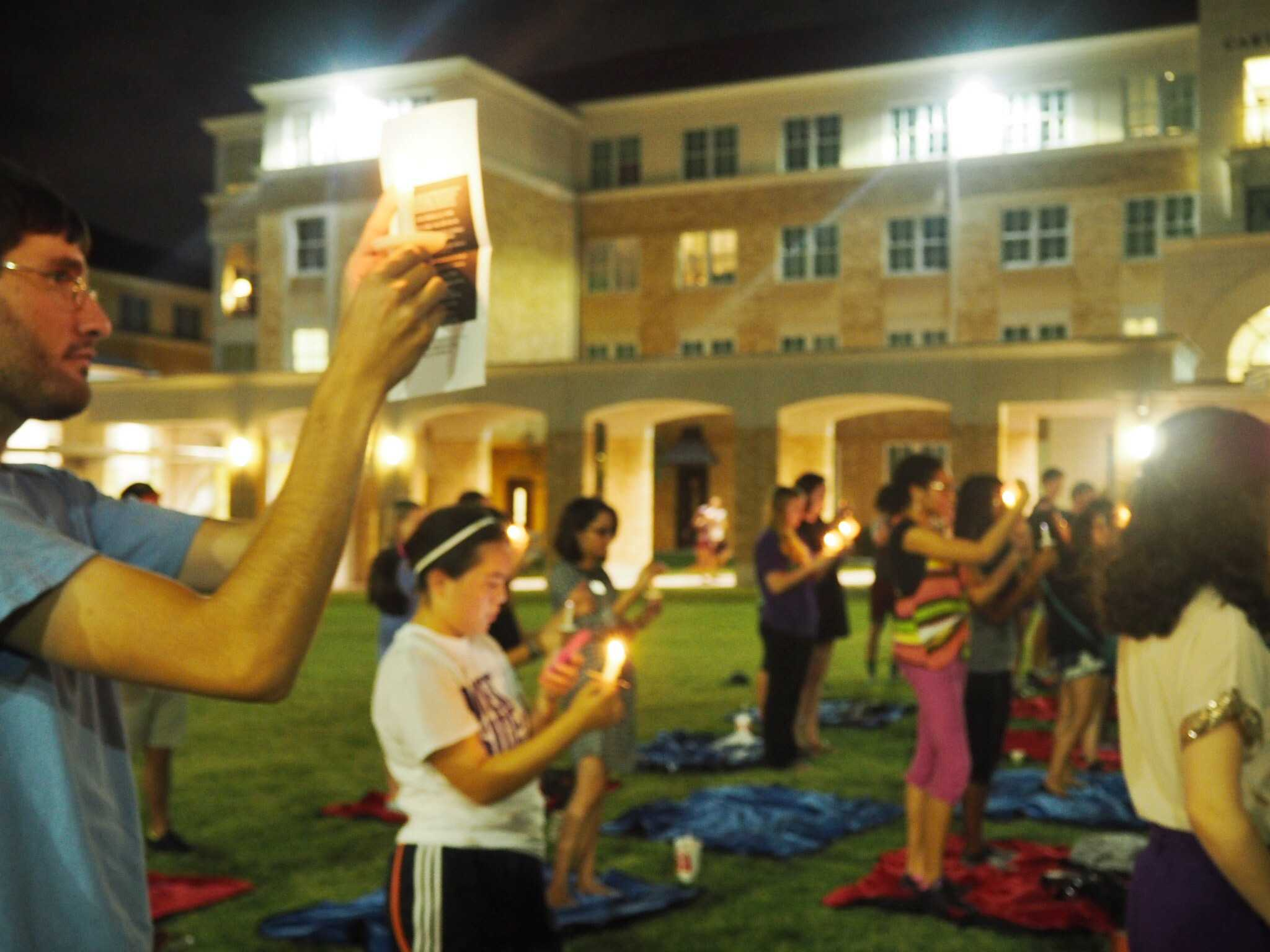 Seventy-five TCU students gathered in the Campus Commons and lit candles representing hope for those who are struggling with thoughts of suicide.