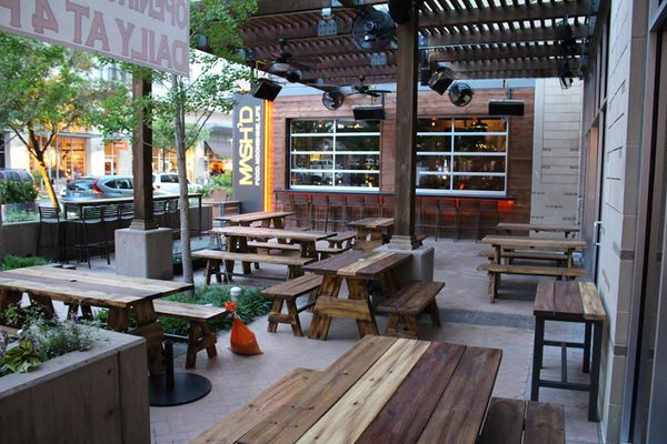 Patio layout of MASH'D. (Megan Stookey/TCU 360)