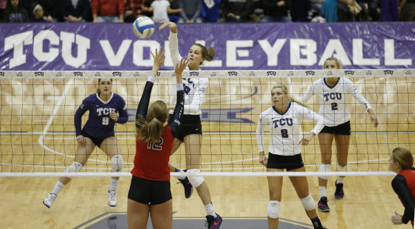 Volleyball defeats Texas Tech for another sweep of a conference foe