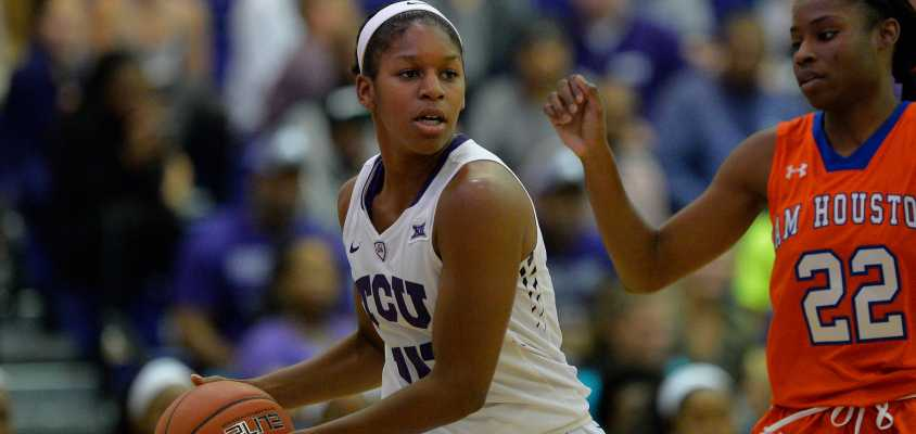 Women's basketball dominates season opener, defeats Sam Houston State