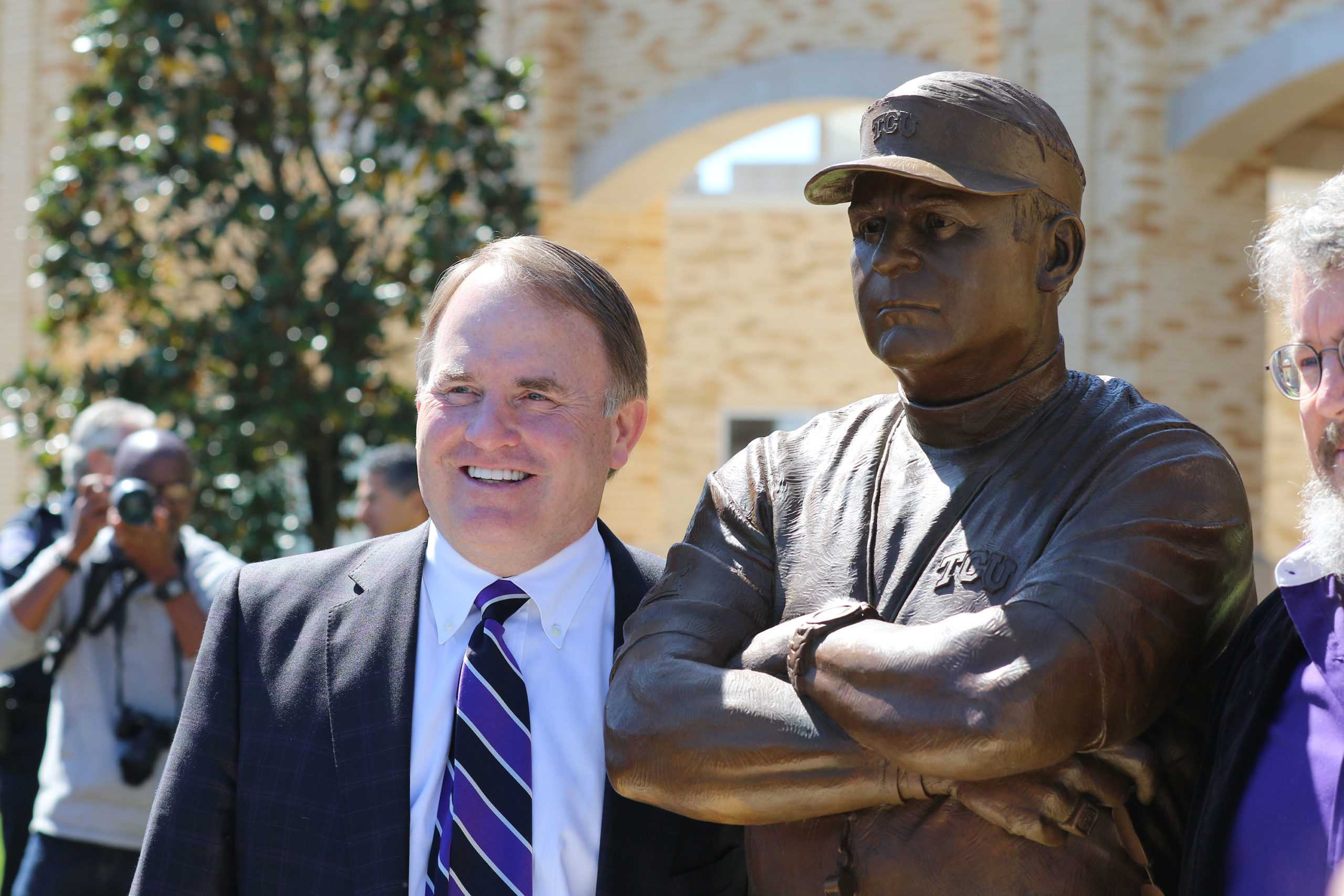 Statues unveiled to honor TCU football icons Patterson, Meyer, O'Brien