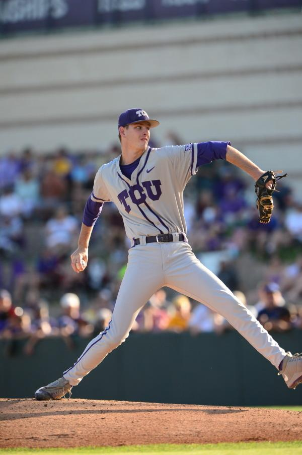 Pitcher Howard makes his last run as a frog
