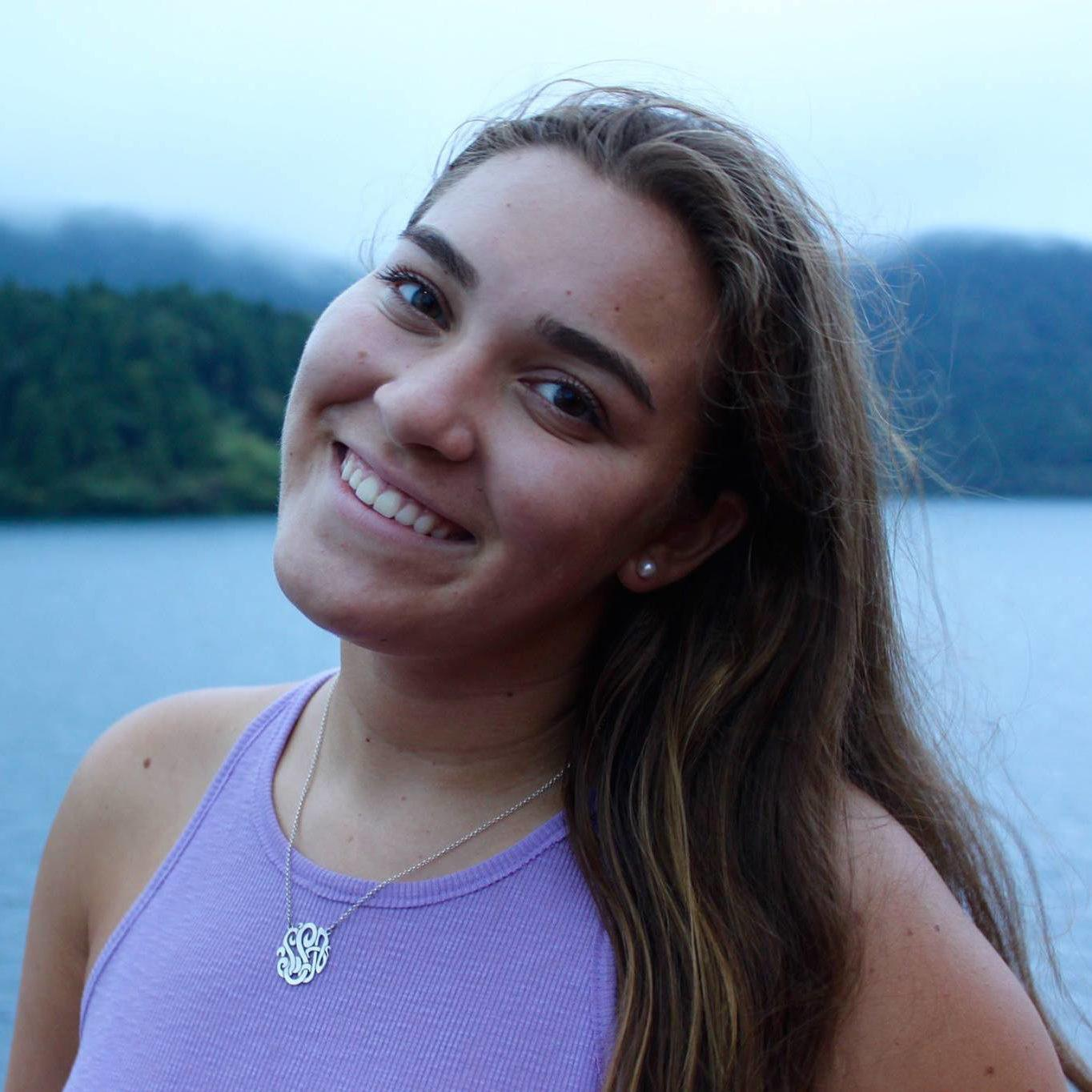 Sophia Striedinger : Account Executive