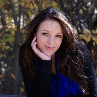 Victoria Knox : The Skiff Associate Editor
