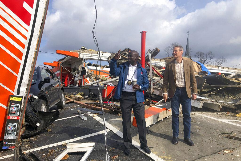 What we're reading: Tornado death toll rises, Trump meets ...